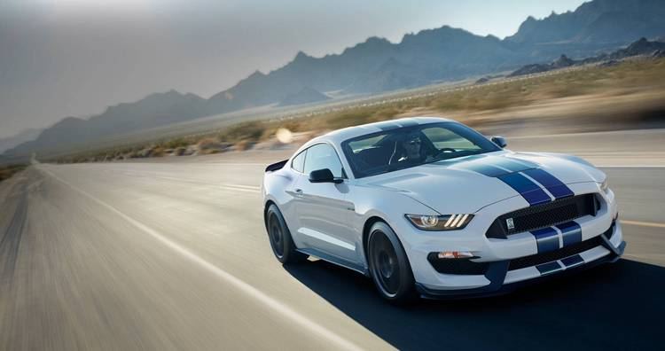 2017 ford mustang 2