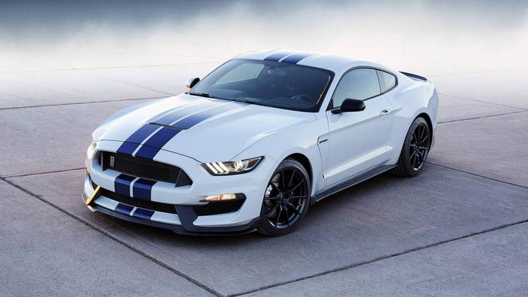 2017 ford mustang 4