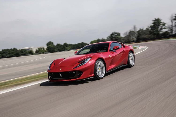 ferrari 812 superfast 5