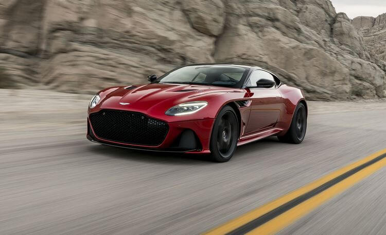 aston martin dbs superleggera 8