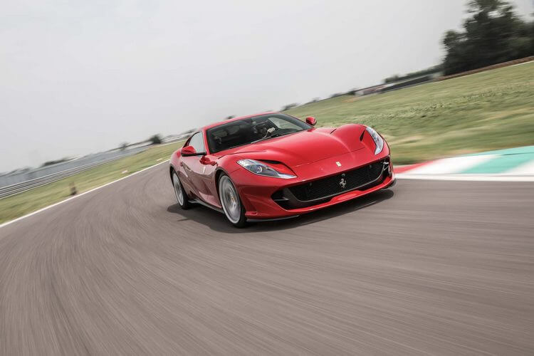 ferrari 812 superfast vs aston martin dbs superleggera 9