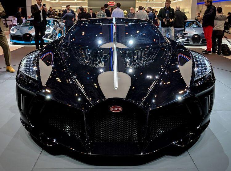 bugatti la voiture noire first look 3