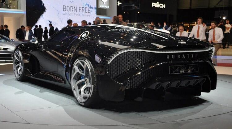 bugatti la voiture noire first look 9