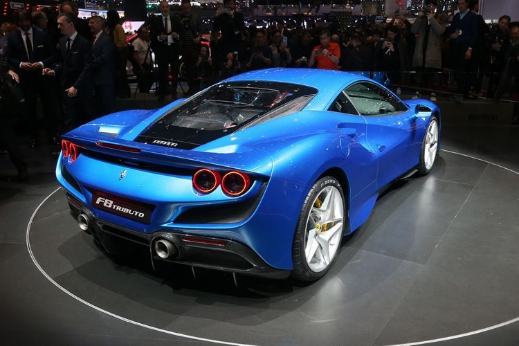 ferrari f8 tributo first look 6